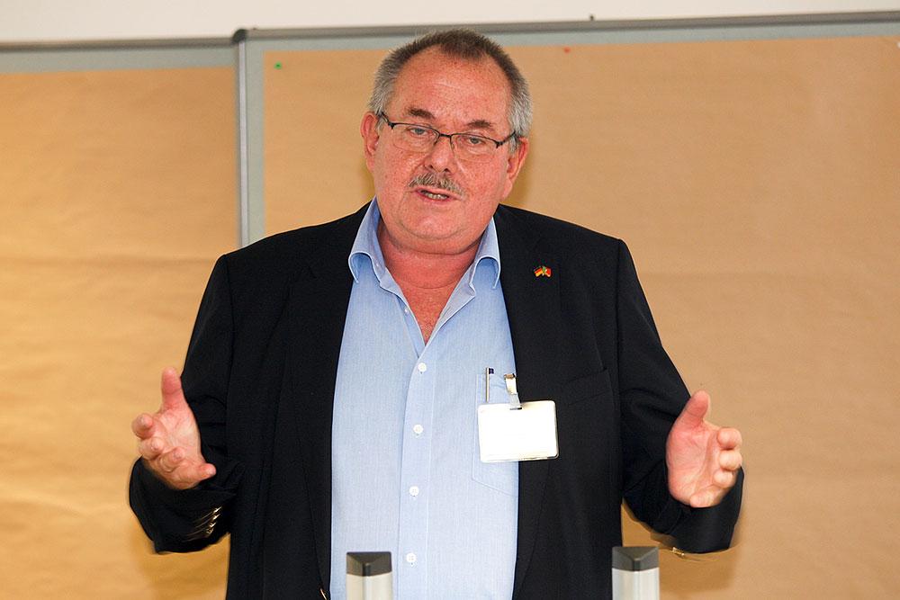 Ingolf Wernicke spricht über die Aktivitäten des LV Berlin-Brandenburg · © Andreas Lahn