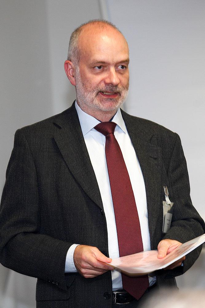 Falk Zirnstein spricht über die Aktivitäten des LV Sachsen · © Andreas Lahn