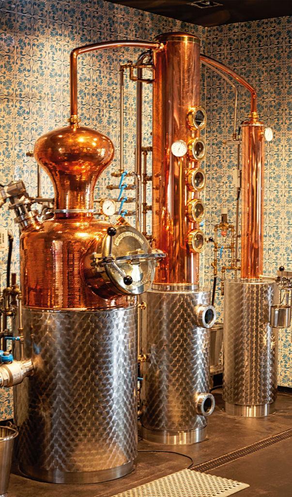 Foto der Destillier-Anlage von Gin Sul in Hamburg