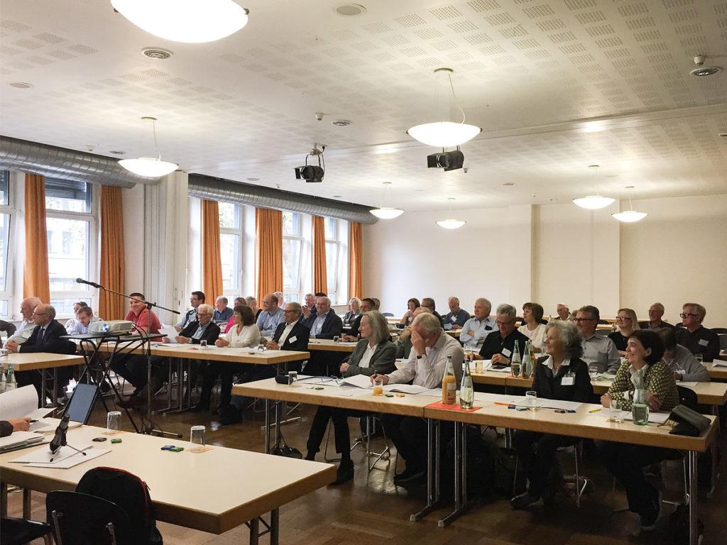 Foto der TeilnehmerInnen an der DPG-Jahrestagung 2018 in Düsseldorf