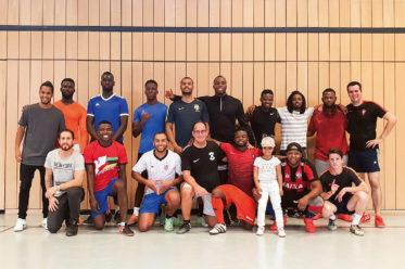 Foto von Spielern des Vereins »Fußball auf Portugiesisch e.V.«