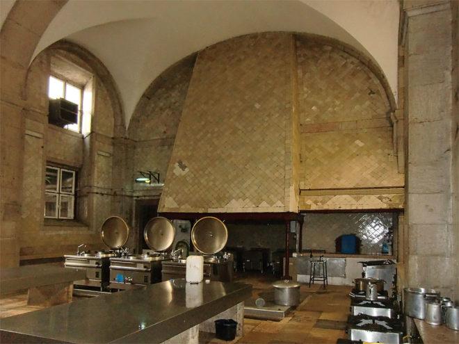 Foto von der Klosterküche des Palácio Nacional in Mafra