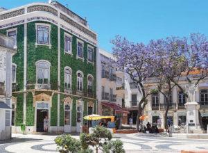 Foto eines zentralen Platz in Lagos (Algarve)