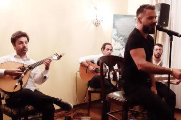 Foto von Telmo Pires und seiner Band bei ihrem Auftritt am 13.11.2019 in Berlin